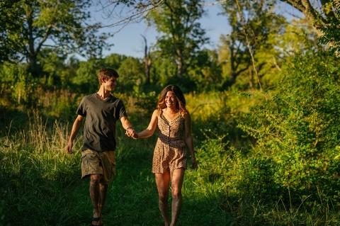 destination_wedding_photographers_intimate_lake_engagement_session_002