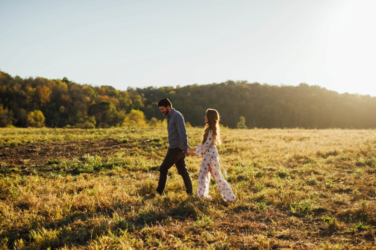 real_raw_top_destination_wedding_photographers_field_engagement_photos_003